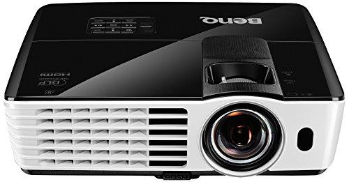 BenQ TH681 Full HD 3D DLP-Projektor (144Hz Triple Flash, 1920x1080 Pixel, Kontrast 13.000:1, 3000 ANSI Lumen, HDMI, 1,3x Zoom) schwarz